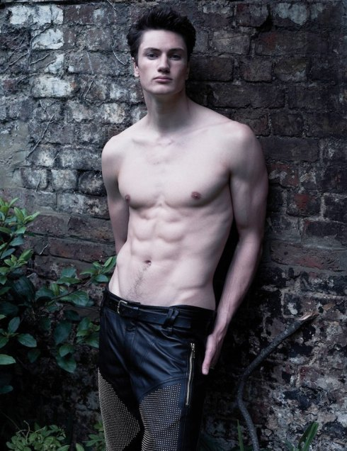 josh-haywood-at-models1-02