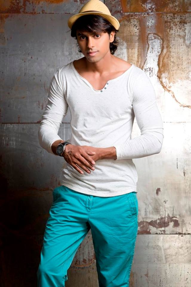 01_IMM_Fitness_Ronnie_Indian_Male_Models