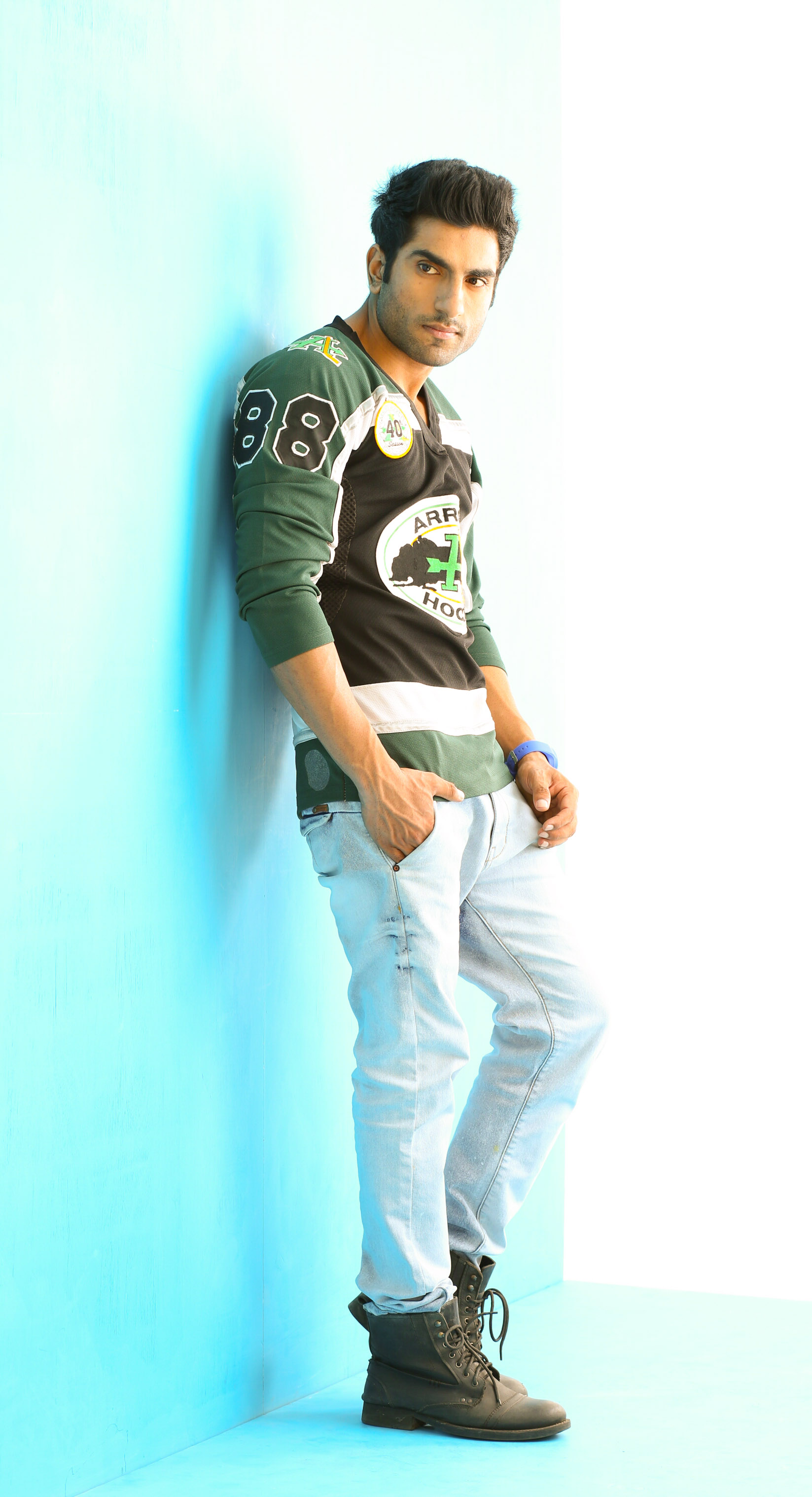 Ishu From New Delhi Indian Male Models