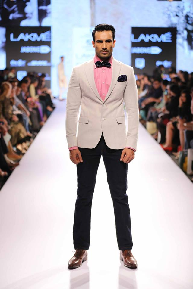 01_IMM_Indian_Male_Models_Lakme_FashionWeek_RAGHAVENDRA_RATHORE