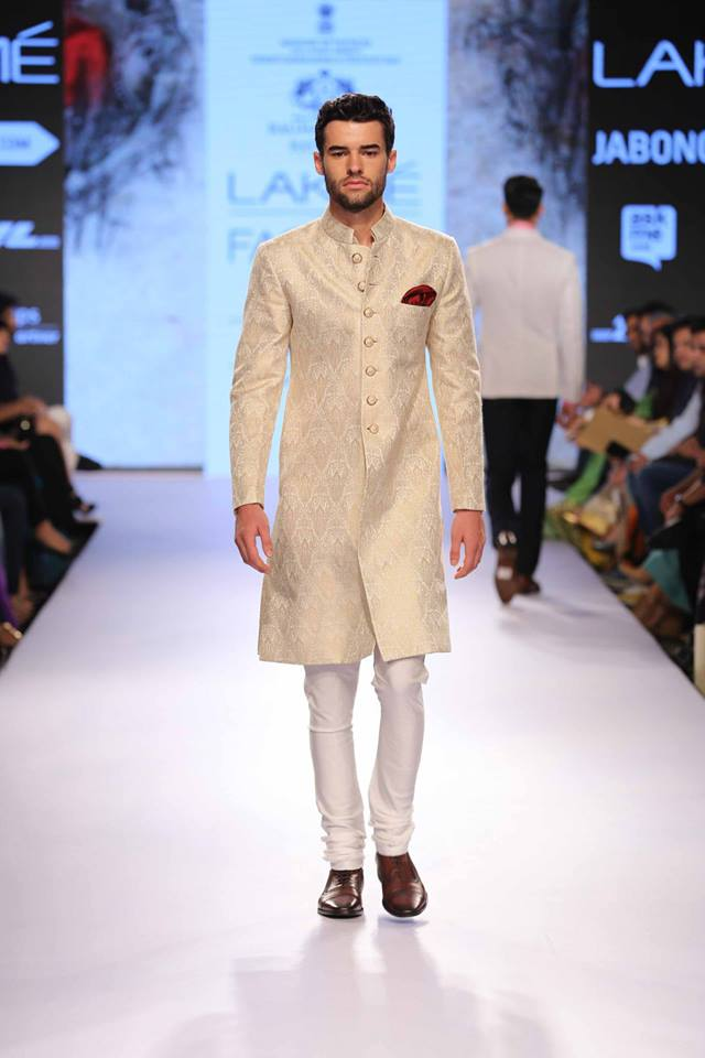 02_IMM_Indian_Male_Models_Lakme_FashionWeek_RAGHAVENDRA_RATHORE