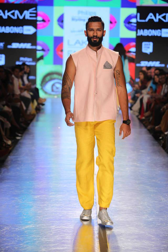 02_IMM_Indian_Male_Models_Rodricks_lakme_FW