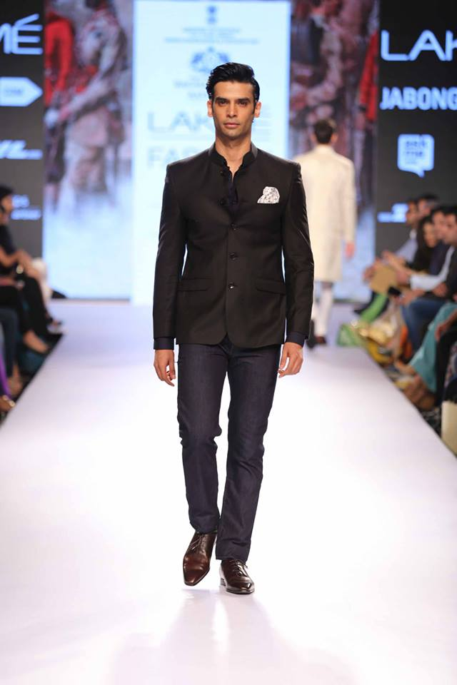 03_IMM_Indian_Male_Models_Lakme_FashionWeek_RAGHAVENDRA_RATHORE