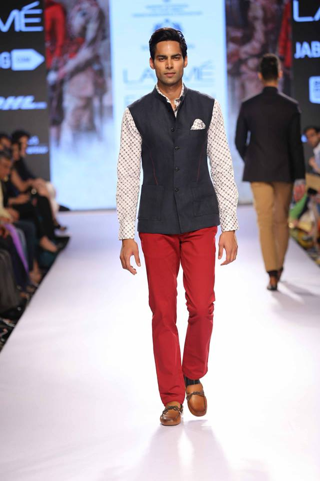 04_IMM_Indian_Male_Models_Lakme_FashionWeek_RAGHAVENDRA_RATHORE