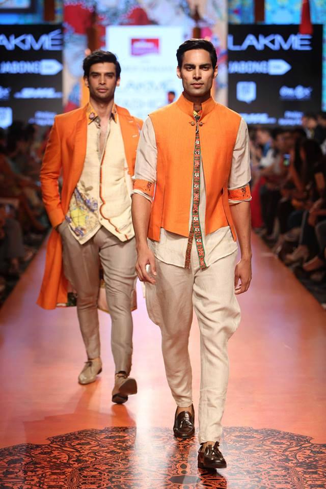 05_IMM_Indian_Male_Models_FW_Lakme_Tarun_Tahiliani