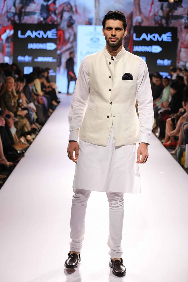 11_IMM_Indian_Male_Models_Lakme_FashionWeek_RAGHAVENDRA_RATHORE