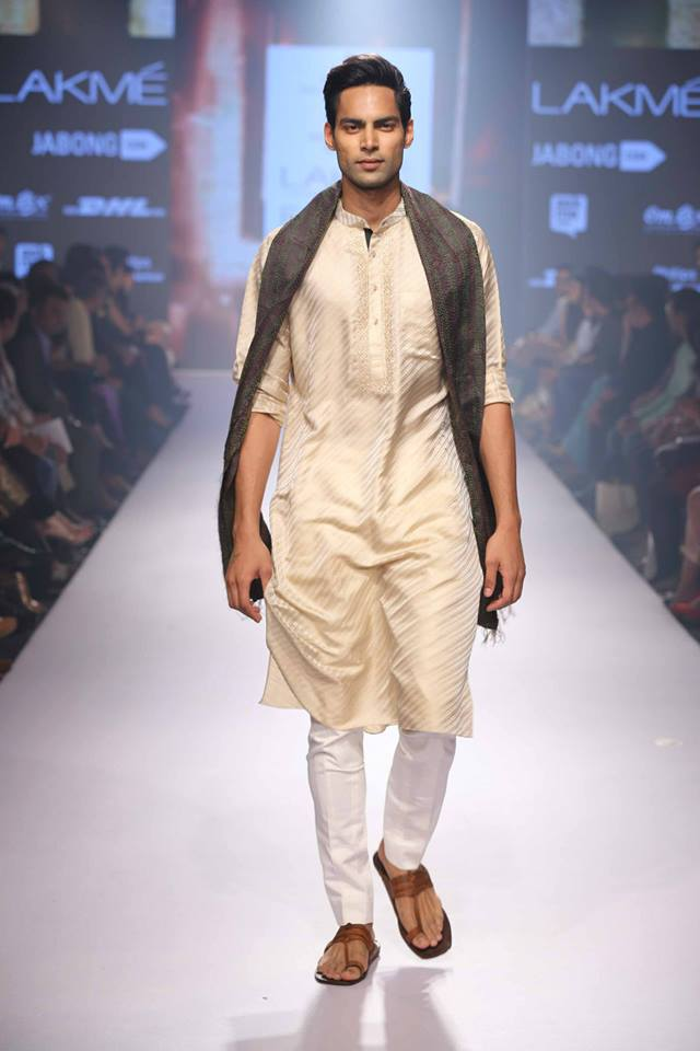 16_IMM_Indian_Male_Models_Lakme_FashionWeek_RAGHAVENDRA_RATHORE