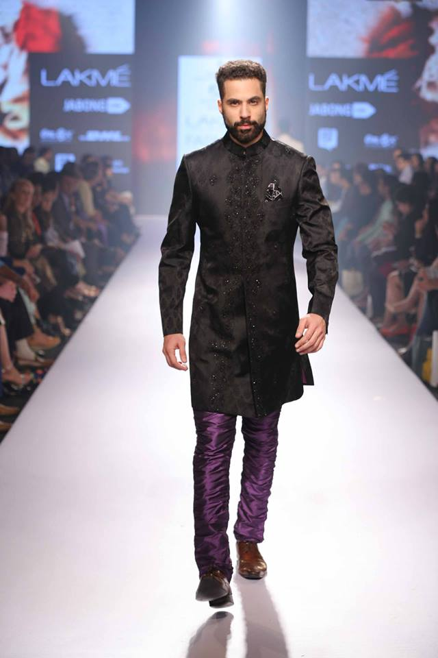 21_IMM_Indian_Male_Models_Lakme_FashionWeek_RAGHAVENDRA_RATHORE