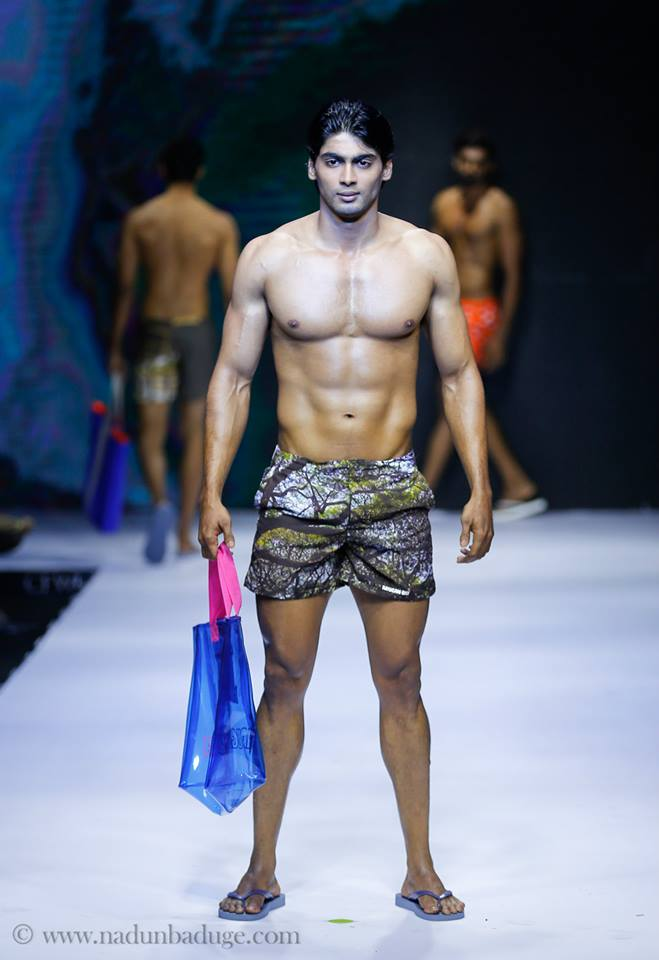 28_IMM_INDIAN_MALE_MODEL_FashionWeek_Clombo