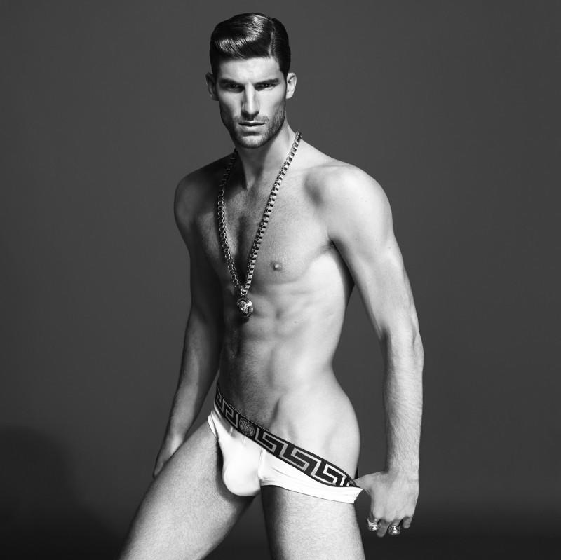 01_Indian_Male_Models_Ryan_Barrett