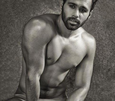 02_Adnaan_IMM_Indian_Male_Model