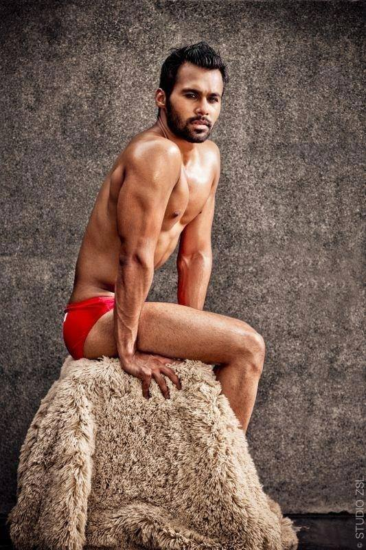 04_Adnaan_IMM_Indian_Male_Model