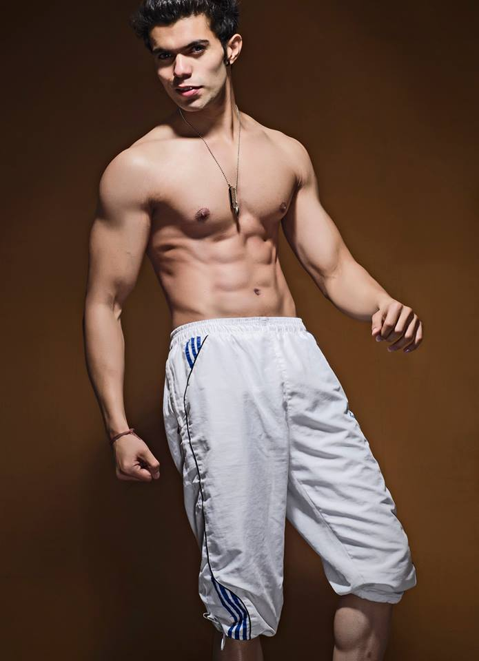 08_IMM_Indian_male_model