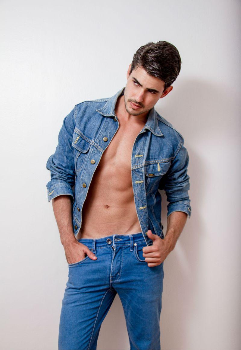 Ricardo (3)