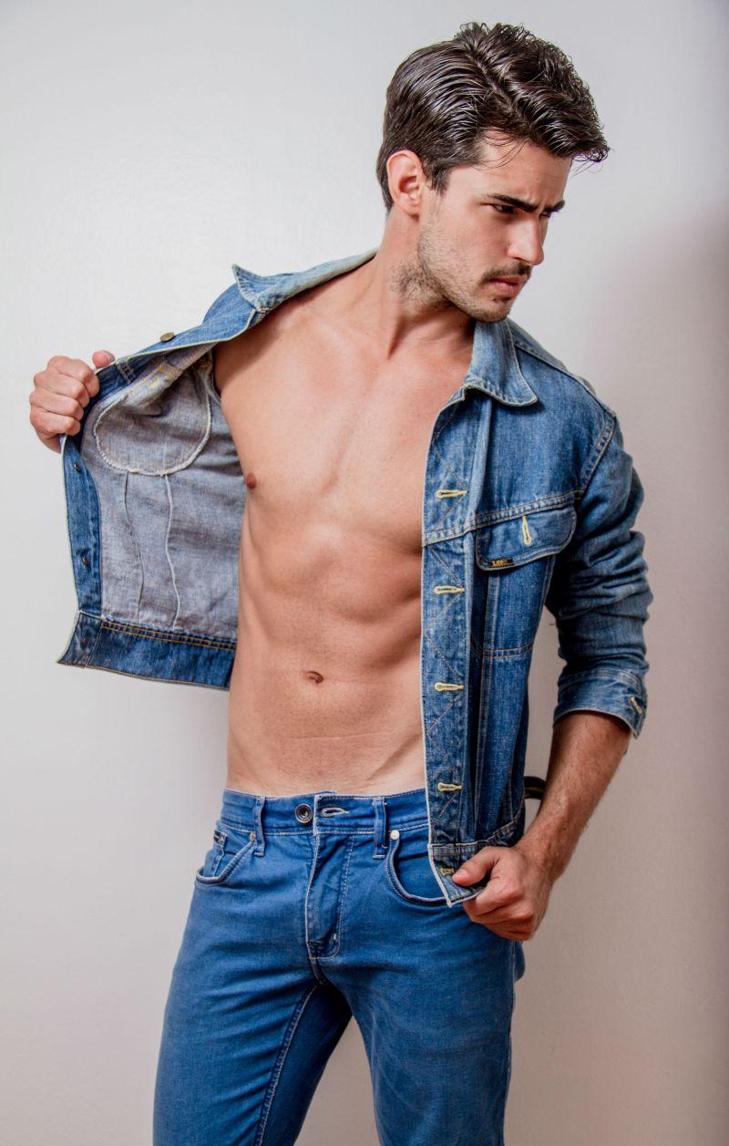 Ricardo (5)