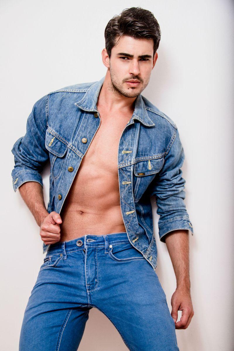 Ricardo (6)