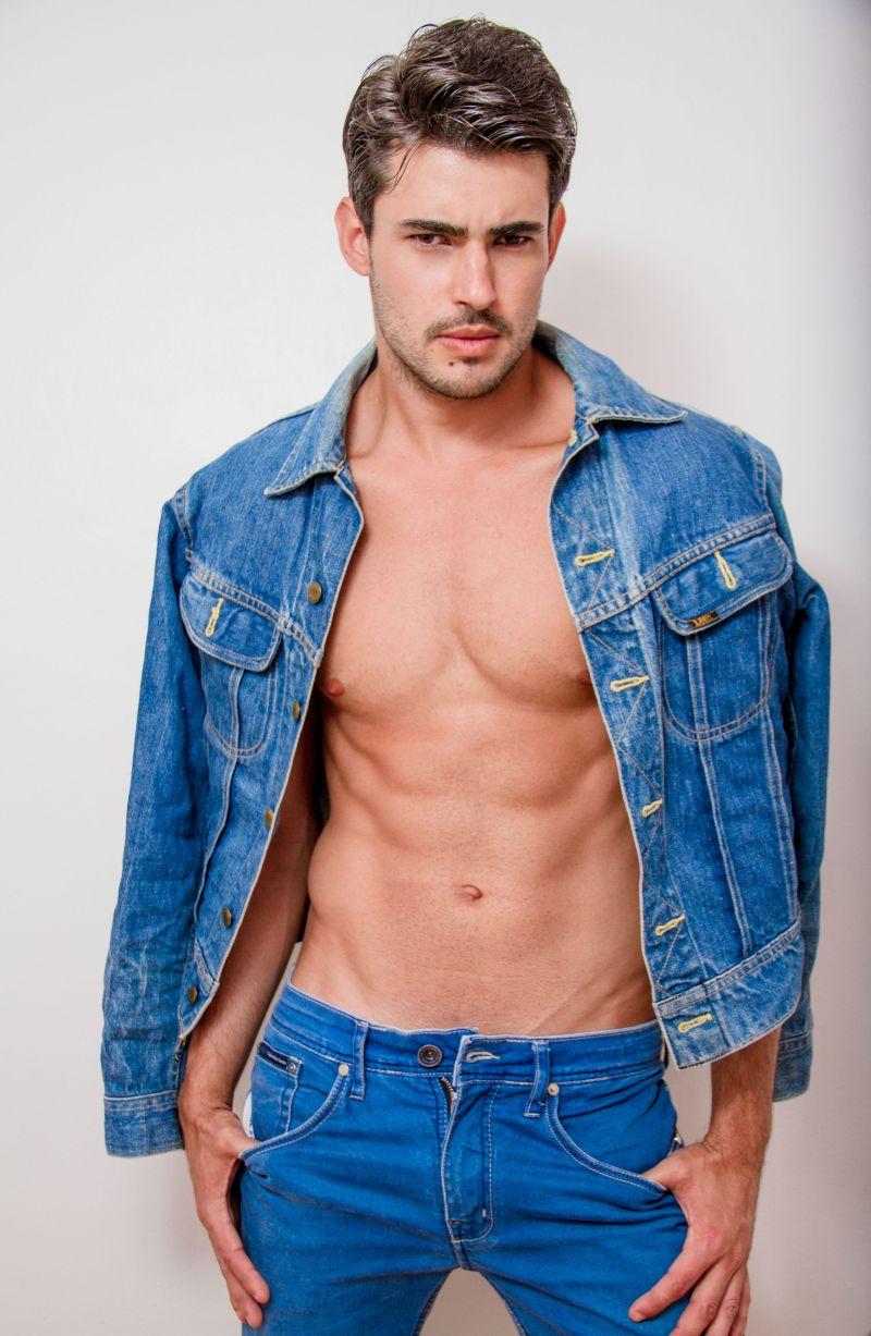 Ricardo (8)