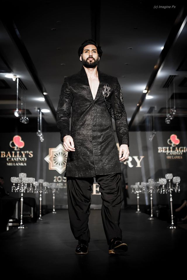 02_IMM_Indian_Male_Models_India_Luxury_Style_Week