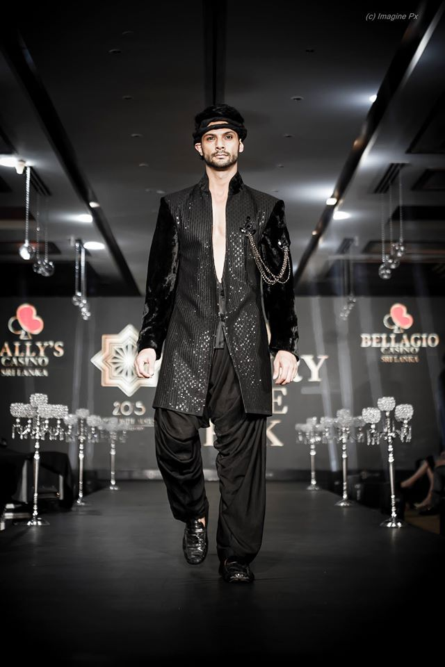 04_IMM_Indian_Male_Models_India_Luxury_Style_Week