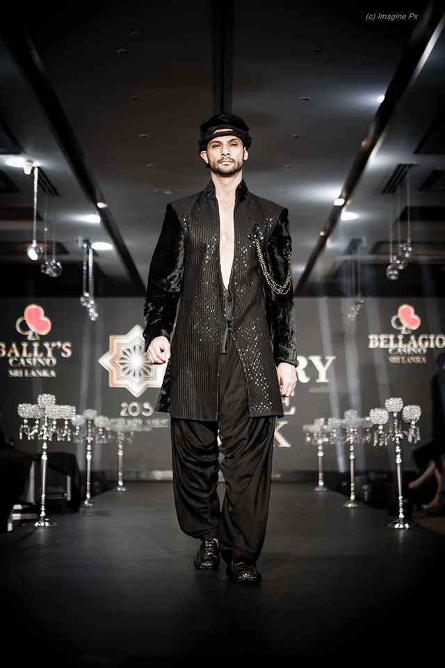 23_IMM_Indian_Male_Models_India_Luxury_Style_Week