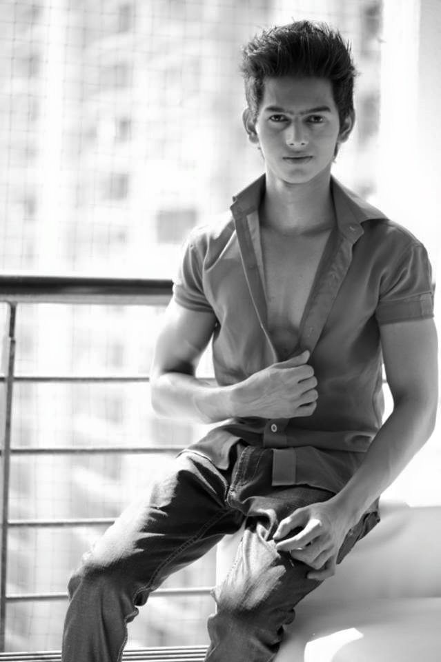 23_IMM–Indian_Male_Models_Youngster_Mukesh_Jawlekar