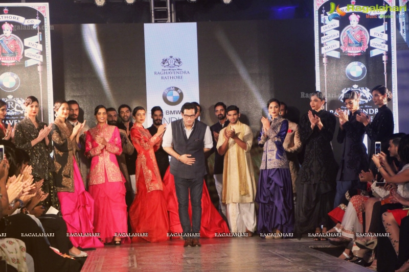 01_IMM_bmw-indian-bridal-fashion-week-2015-day121