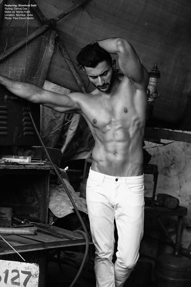 02_IMM_Indian_Male_Models_Garage_Paul_David_Martin