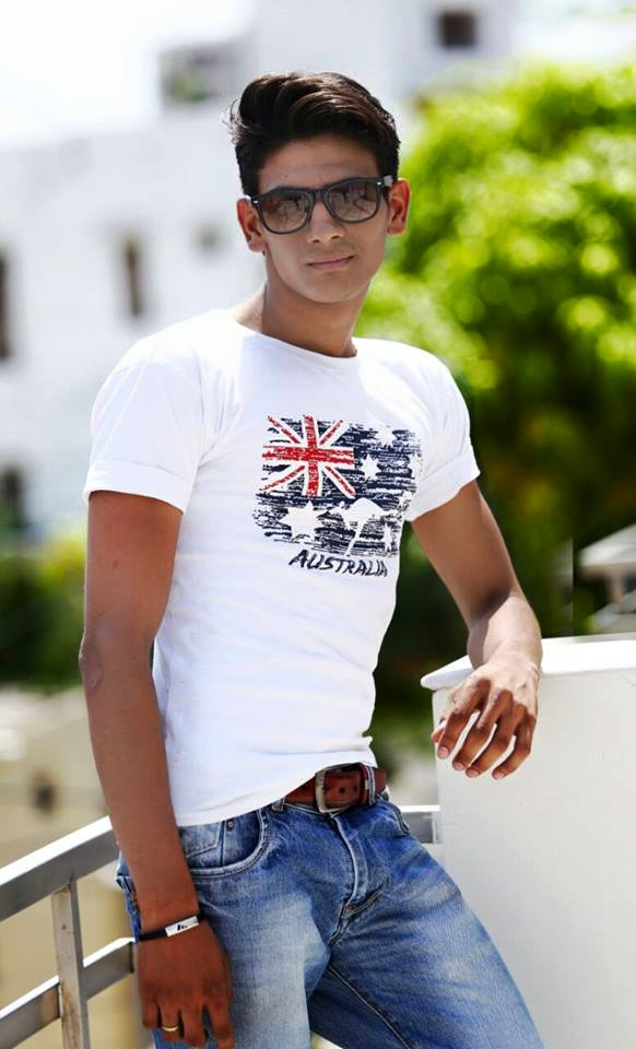 02A_IMM_INDIAN_MALE_MODELS
