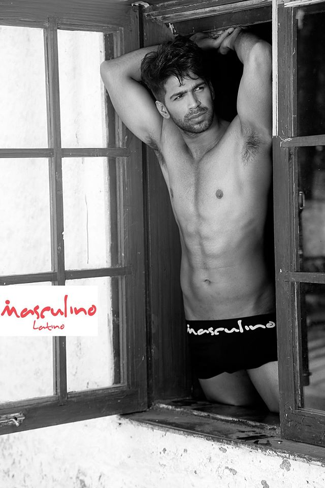 03_IMM_Indian_Male_Models_Masculino_Latino