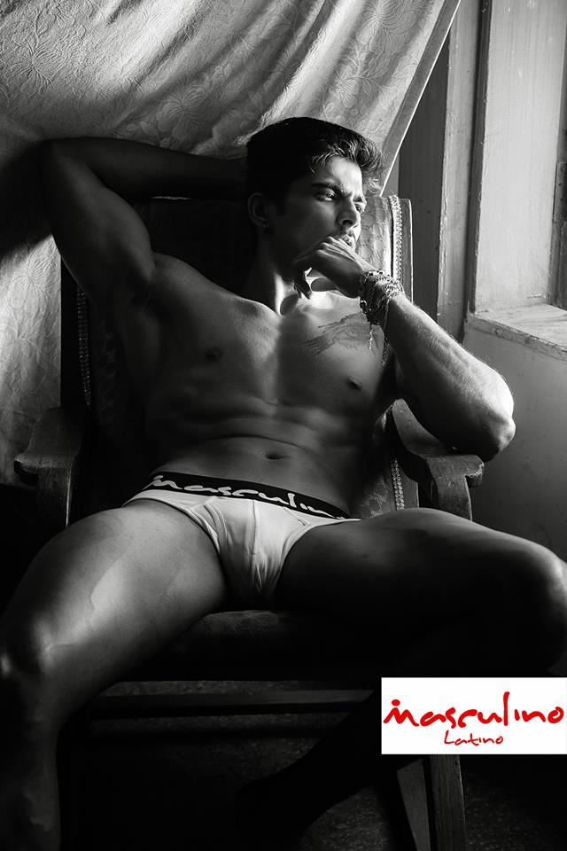 06_IMM_Indian_Male_Models_Masculino_Latino