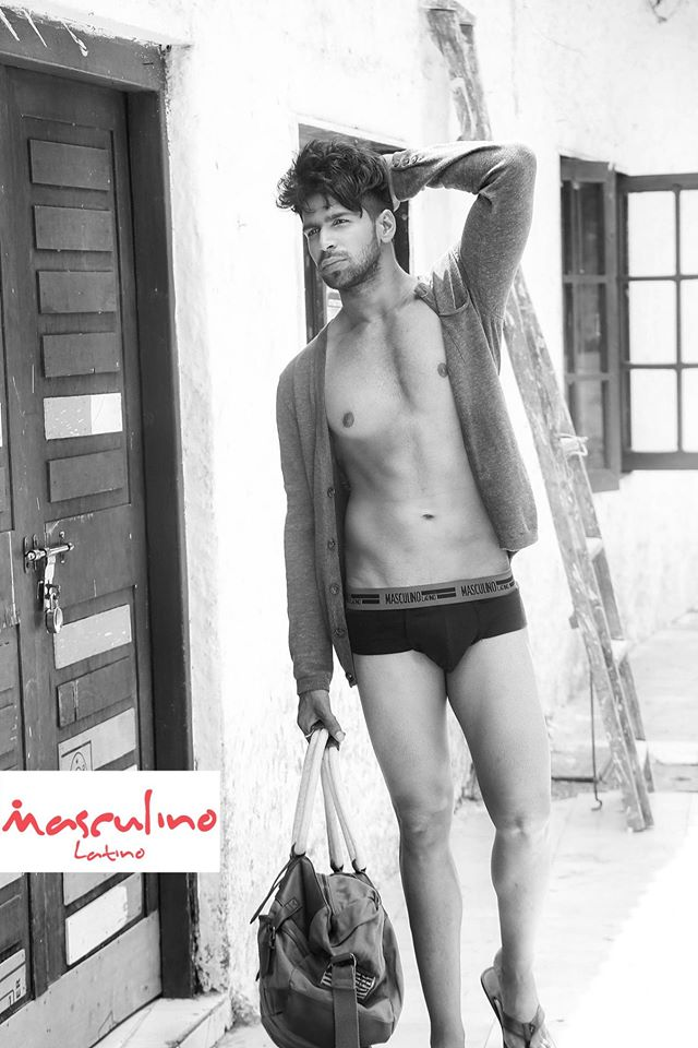 12_IMM_Indian_Male_Models_Masculino_Latino