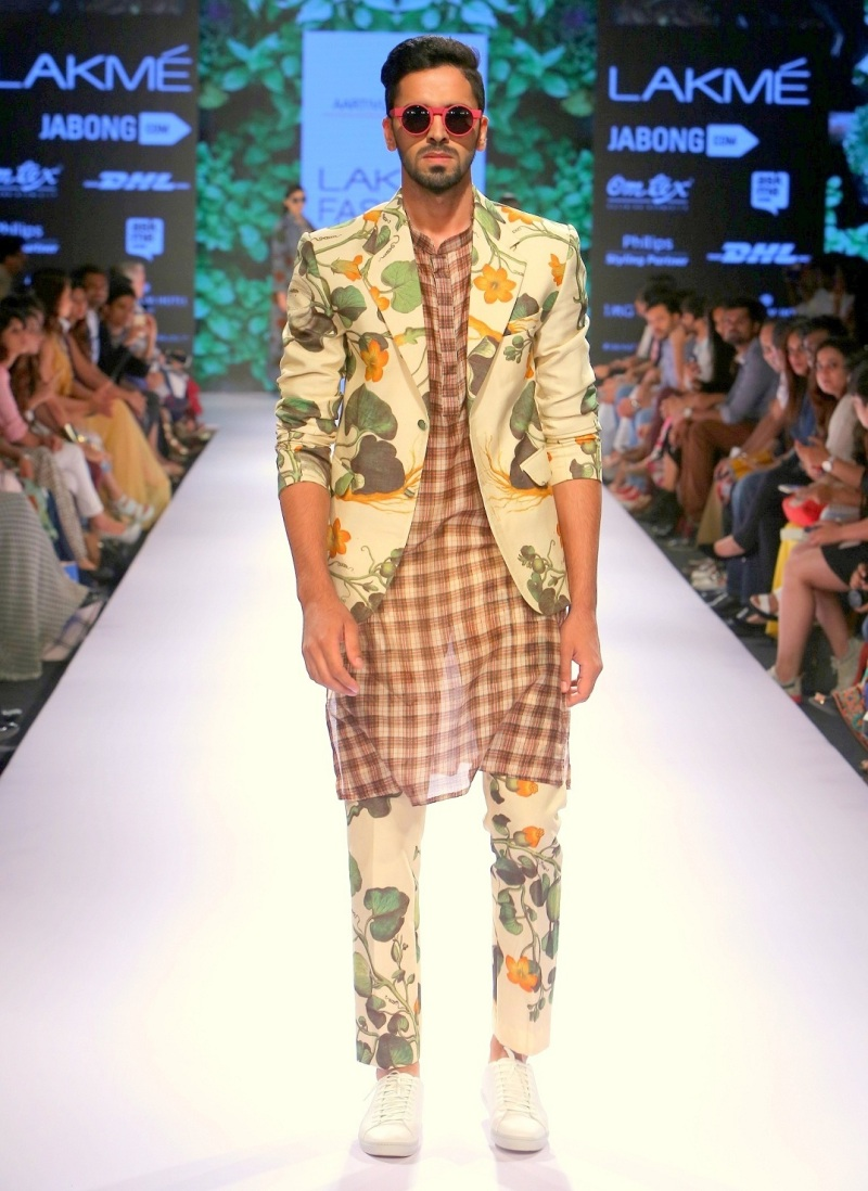 Lakme Fashion Week Rinku Pahel (2)