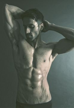 01_James_Dillinger_IMM_Indian_Male_Models_