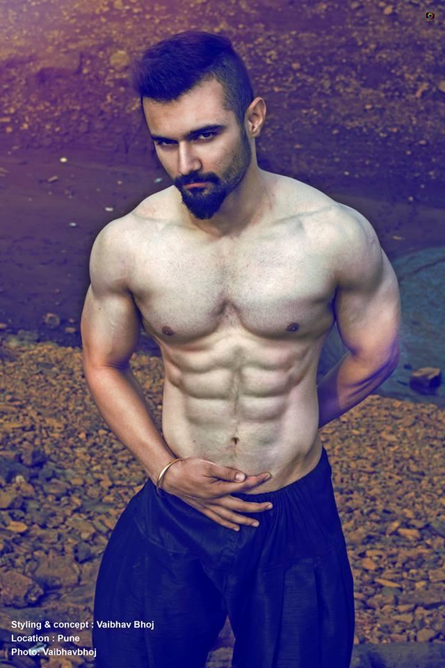 02_Vaibhav_Bhoj_IMM_Inidan_Male_Models