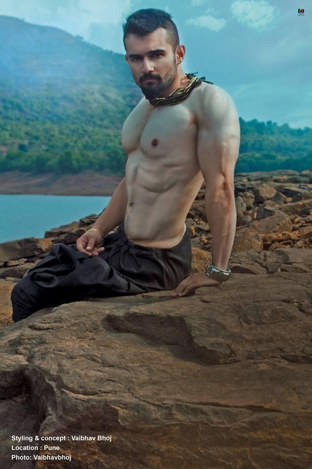 04_Vaibhav_Bhoj_IMM_Inidan_Male_Models