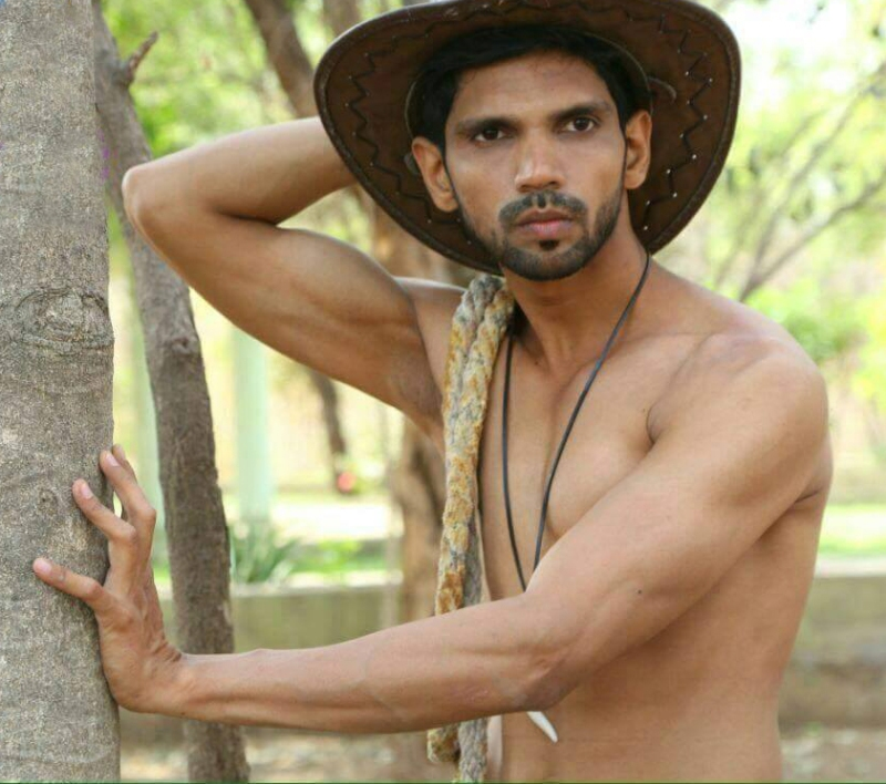 9909A_IMM_Indian_Male_Models_TEEZ