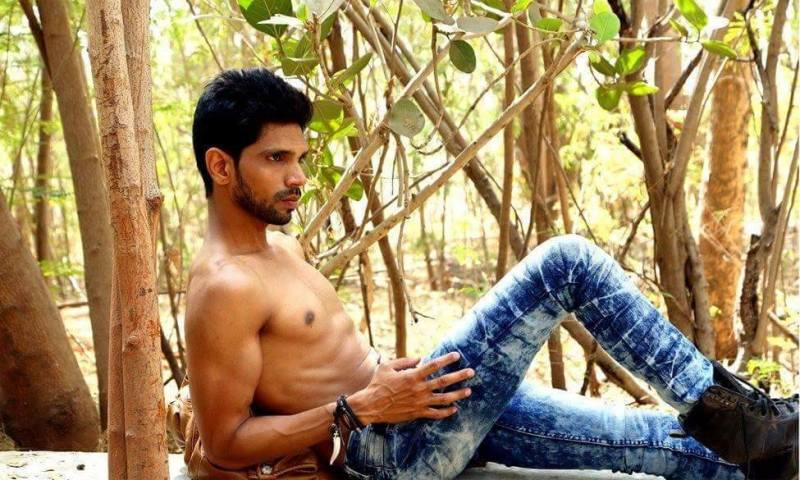9911_IMM_Indian_Male_Models_TEEZ