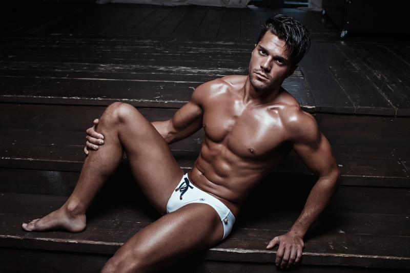 marcuse-tropical-white-2