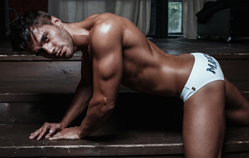 marcuse-tropical-white