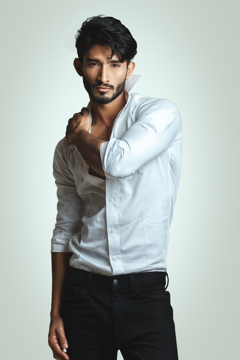 02851_IMM_Indian_Male_Models_Blog