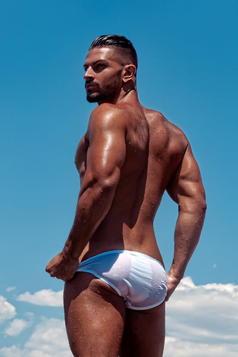15-sexy-reasons-to-not-miss-summer-2016-cacc81ndido-arteaga-by-joan-crisol-10