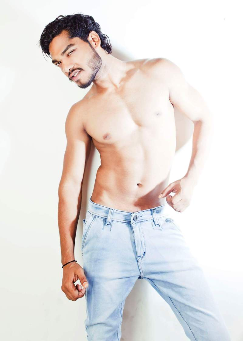 01026_imm_indian_male_models