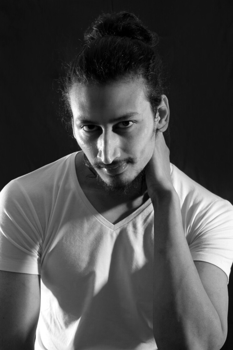 01_0127598_IMM_Indian_Male_Models
