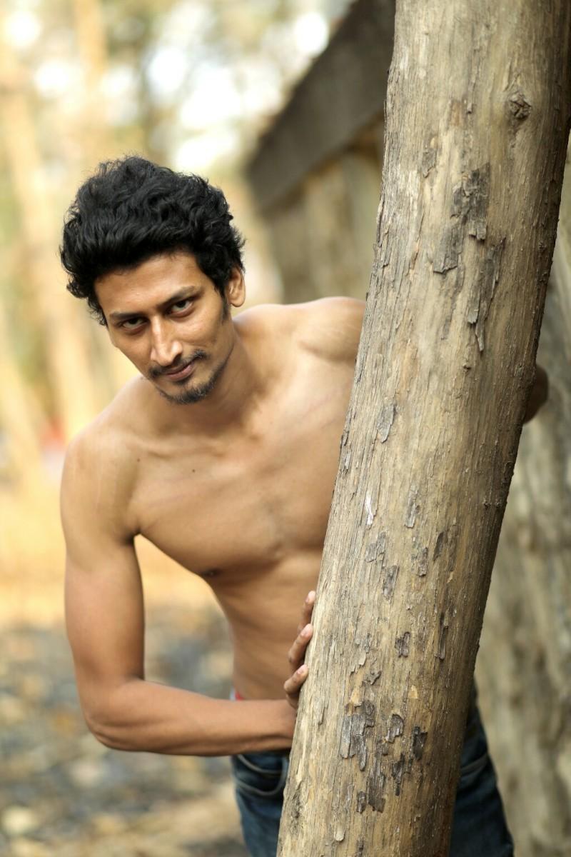 05_0127598_IMM_Indian_Male_Models