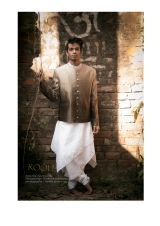 023413_JEWELL_PARIDA_IMM_Indian_Male_Model